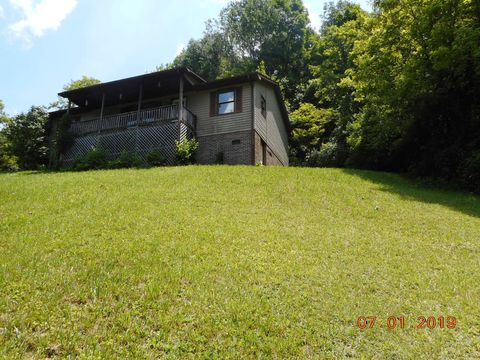 Photo of 172 Northwood Rd, North Tazewell, VA 24630