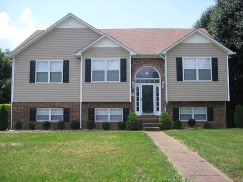Photo of 2101 Kenowick Ct, Spring Hill, TN 37174