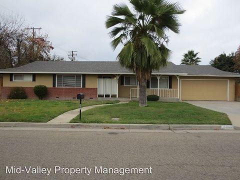 804 E Lyndale Ave, Tulare, CA 93274