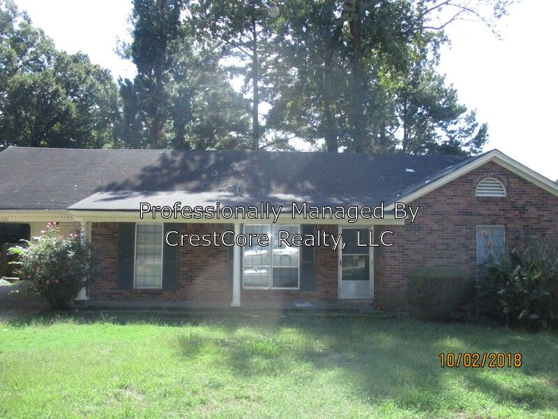 Super 4305 Lansford Dr Memphis Tn 38128 Home Interior And Landscaping Ologienasavecom