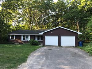Pet Friendly Apartments For Rent In Traverse City Mi