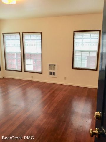 Photo of 5 Sw Whitaker St, Portland, OR 97239