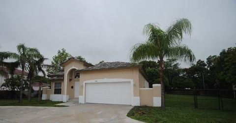Photo of 4500 W Broward Blvd, Plantation, FL 33317