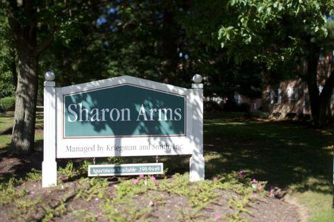 Photo of 55 Sharon Rd, Robbinsville, NJ 08691