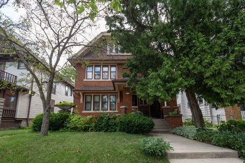 Photo of 2141 N 52nd St, Milwaukee, WI 53208