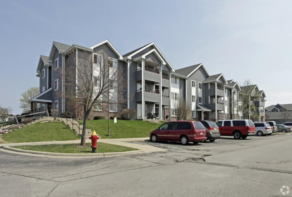 Oak creek wi apartments for rent for 3 bedroom houses for rent in oak creek wi