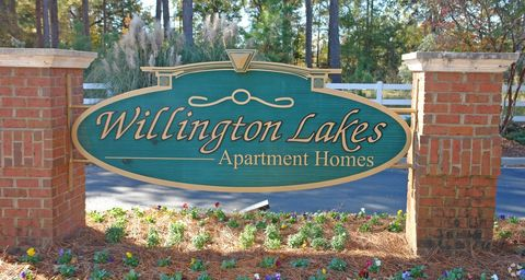 Photo of 401 Willington Lakes Ct, Orangeburg, SC 29118