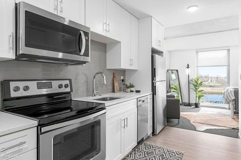 Photo of 40 Point St Unit 20, Providence, RI 02903