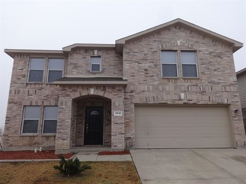 Photo of 3516 Caprock Ranch Rd, Fort Worth, TX 76262