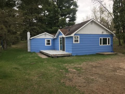 Photo of 304 Central Ave N, Park Rapids, MN 56470
