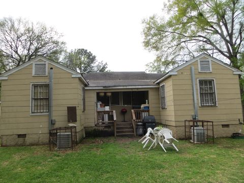 Photo of 432 Fredrica Ave, Jackson, MS 39209