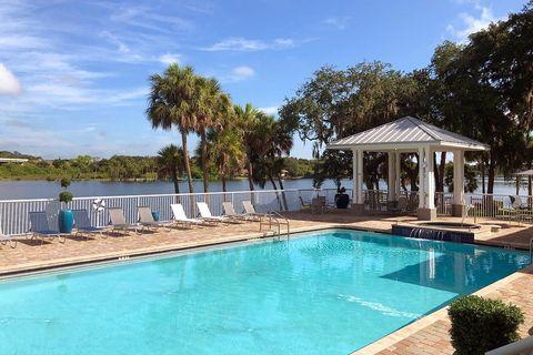 Photo of 9711 Magnolia View Ct, Riverview, FL 33578