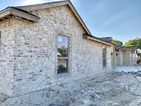 Photo of 2506 Avenue H Ste A, Nederland, TX 77627