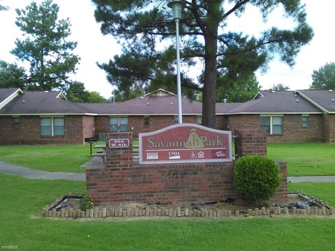 204 W 8th St, Waldron, AR 72958