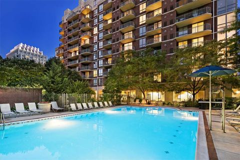 Photo of 7707 Wisconsin Ave, Bethesda, MD 20814