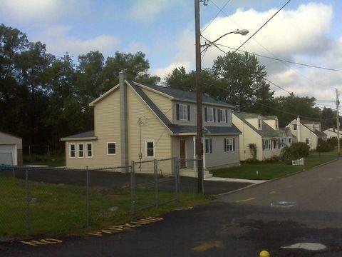 10 Park St, West Hazleton, PA 18202