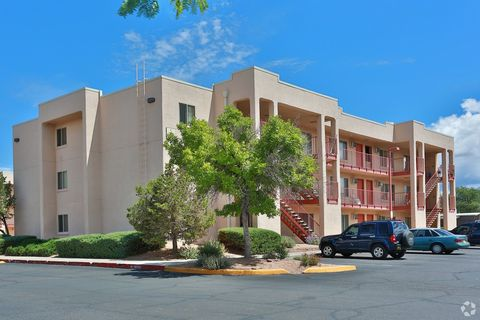 Photo of 2000-2001 Hopewell St, Santa Fe, NM 87505