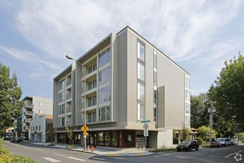 Photo of 405 Ne Mason St, Portland, OR 97211