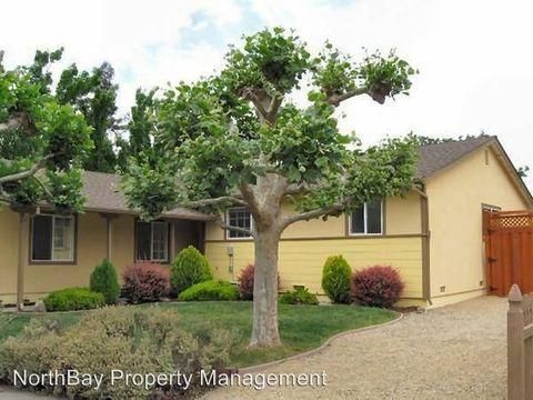 201 Fuchsia Way, Healdsburg, CA 95448