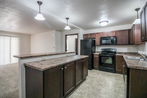 Photo of 137 N Mable Ave, Sioux Falls, SD 57103