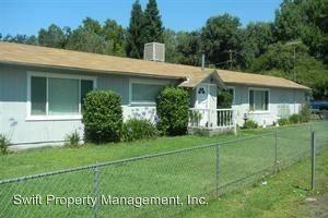 7924 Greenfield St, Redding, CA 96002