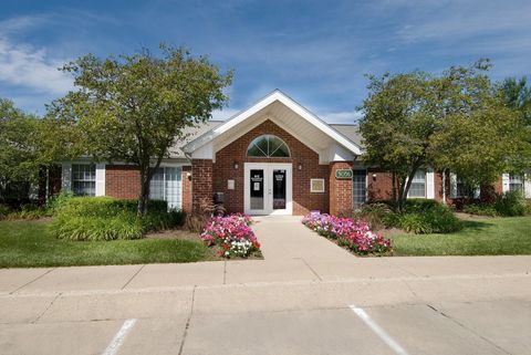 Photo of 3036 Redskin Dr, Indianapolis, IN 46235