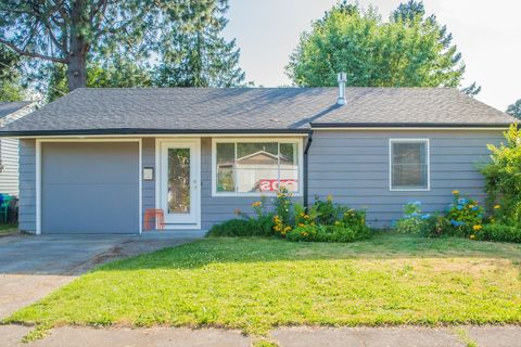 Photo of 10012 N Willamette Blvd, Portland, OR 97203
