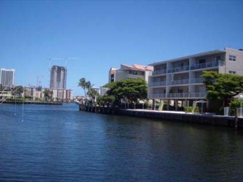 Photo of 3967 Ne 168th St, Miami, FL 33160