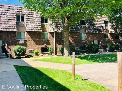 Photo of 4012 Renn Hart Hills Rd, Loves Park, IL 61111