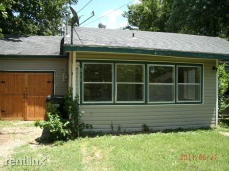 816 S Glenn Ave, Springfield, MO 65802