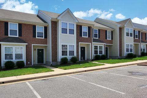 Photo of 2 Sondra Ln, Fredericksburg, VA 22406