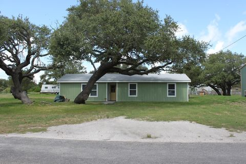 Photo of 308 N Verne St, Rockport, TX 78382