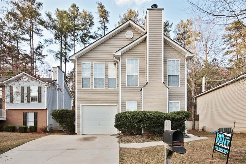 744 Ashley Ln, Stone Mountain, GA 30087