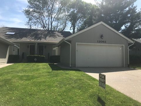 Photo of 12063 Burdette Cir, Omaha, NE 68164