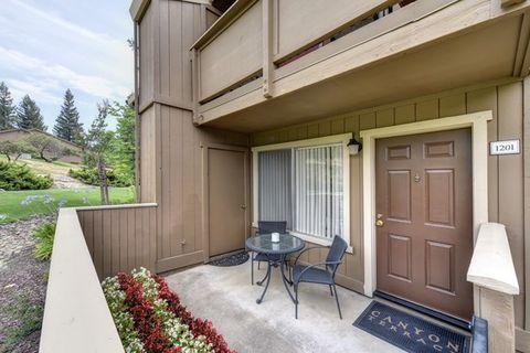 Photo of 1600 Canyon Terrace Ln, Folsom, CA 95630