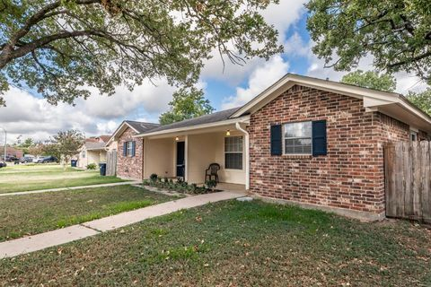 Photo of 617 San Mario Ct, College Station, TX 77845