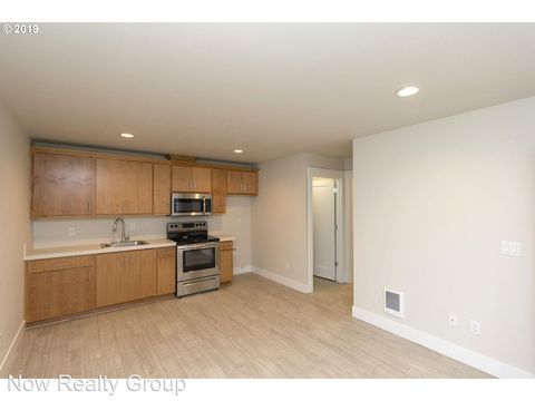 Photo of 6913 N Jersey St, Portland, OR 97203