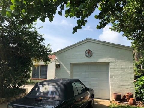 Photo of 202 63rd Ave S, Saint Petersburg, FL 33705
