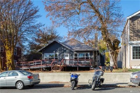Photo of 607 N Ruby St Apt 2, Ellensburg, WA 98926