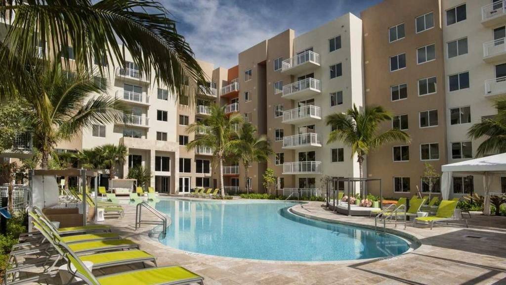The Manor at CityPlace Doral