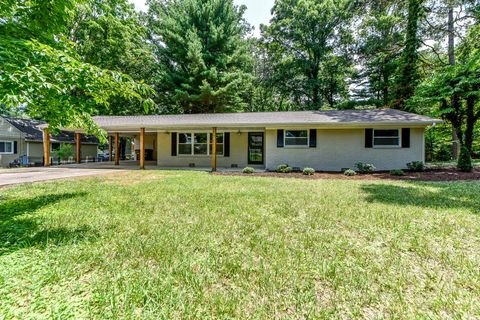 Photo of 4308 Barbara Dr, Knoxville, TN 37918