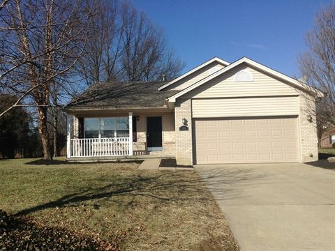 Photo of 3319 Whispering Woods Dr, Amelia, OH 45102