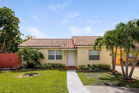 1435 Sw 137th Pl, Miami, FL 33184