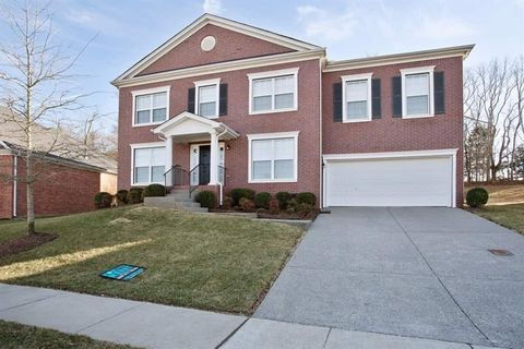 Photo of 301 Forest Bend Dr, Mount Juliet, TN 37122