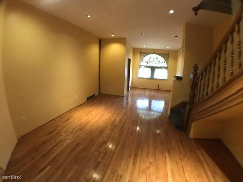 1615 Bedford Ave  Pittsburgh  PA 1521915219 Apartments for Rent   realtor com . Apartments For Rent Pittsburgh Pa 15219. Home Design Ideas