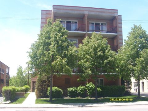 Photo of 6472 N Northwest Hwy Apt 302, Chicago, IL 60631