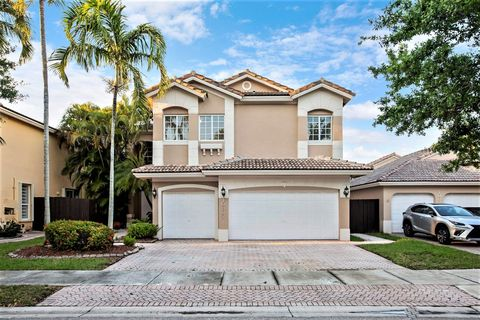 Photo of 10833 Nw 73rd Ter, Doral, FL 33178