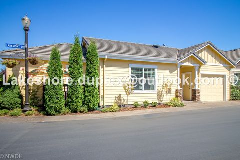Photo of 3243 Lakemont Dr 3243 Lakemont Dr, Eugene, OR 97408