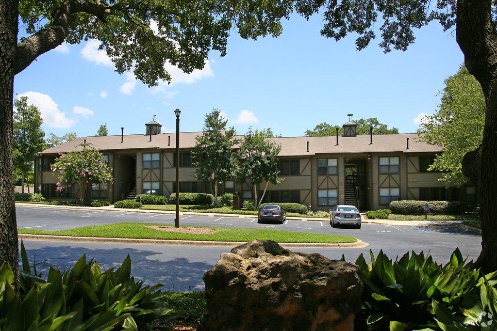 1900 Centre Pointe Blvd, Tallahassee, FL 32308