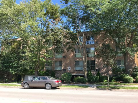 Photo of 3438 N Oakland Ave, Milwaukee, WI 53211